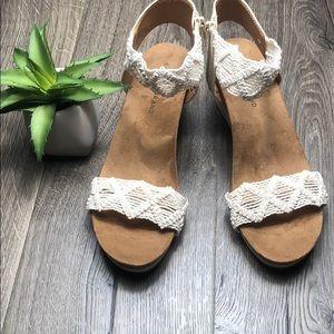 Lucky Brand New Wedge Sandal Crochet Strap